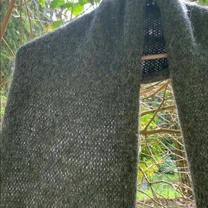 Accessories - Grey knitted scarf